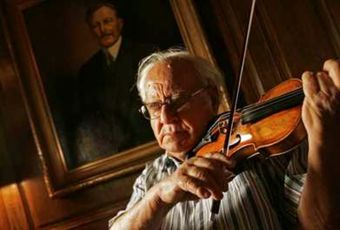 Apart from a select group of musicians, few people have heard of the violinist Abram Shtern. The master violinist Abram Shtern keeps his impressive musical lineage going 